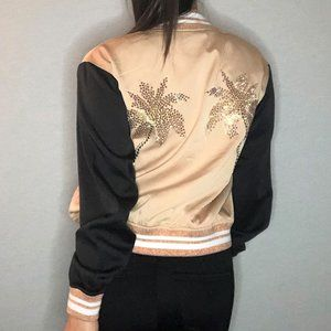 (NEW) GUESS Beige bomber jacket w palm tree sequin